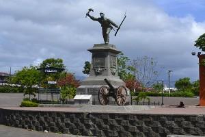 Monument Juan SantaMaría