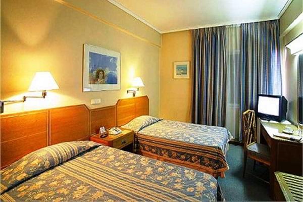 Hotel El Maragato room