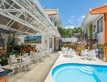 Suites Cristina, swimming pool outdoor