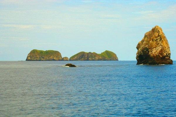 Gorgeous Catalina Islands in Costa Rica