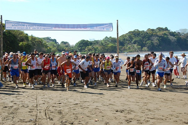 Playa-Dominicalito-Race