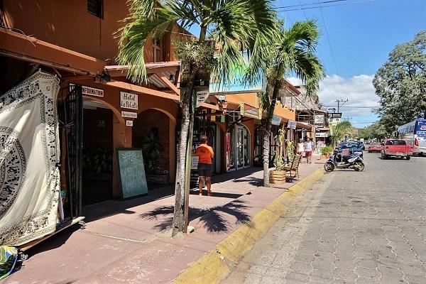 Tamarindo, city